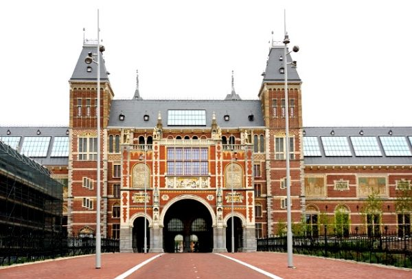 How to See the Rijksmuseum in 2 Hours